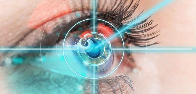 Коррекция зрения лазером при возрастной дальнозоркости